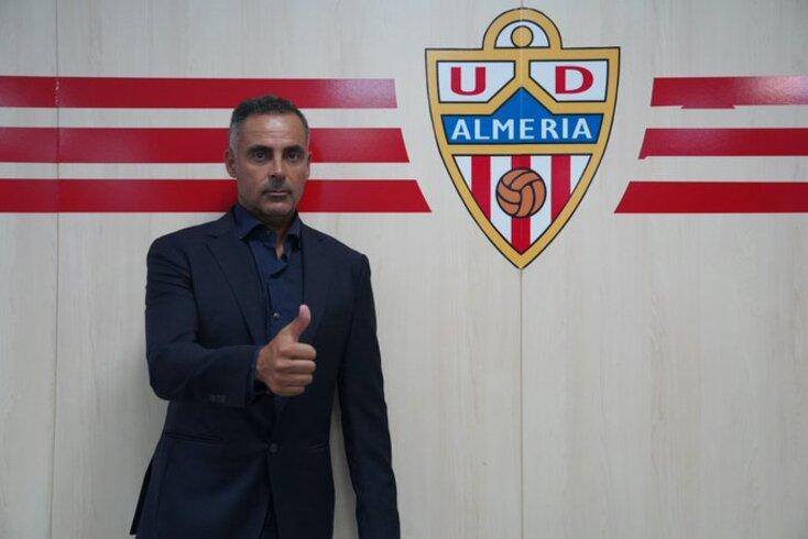 José Gomes oficializado em Espanha