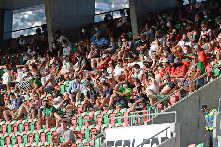 Adeptos do Marítimo regressaram ao estádio na primeira fase da Taça da Liga