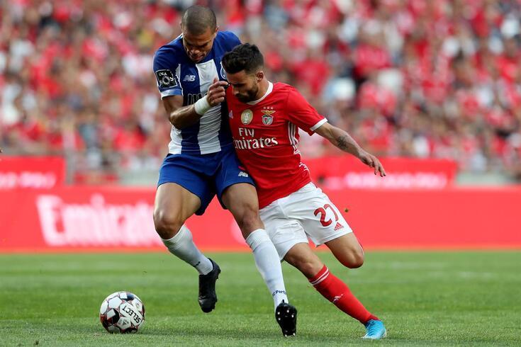 Rafa e Pepe num duelo no clássico da época passada