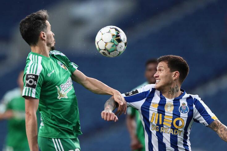 Tribunal O JOGO analisa os lances do FC Porto-Farense
