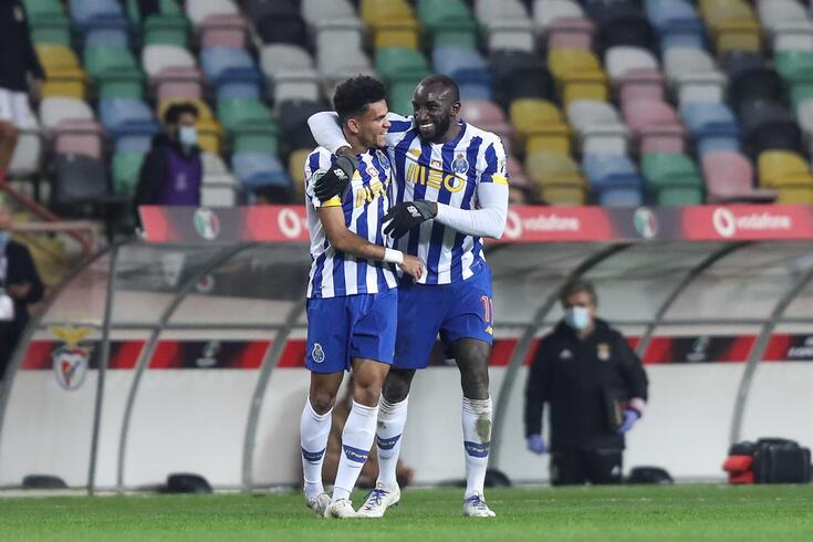 Luis Díaz com Marega, que deixou o FC Porto neste mercado