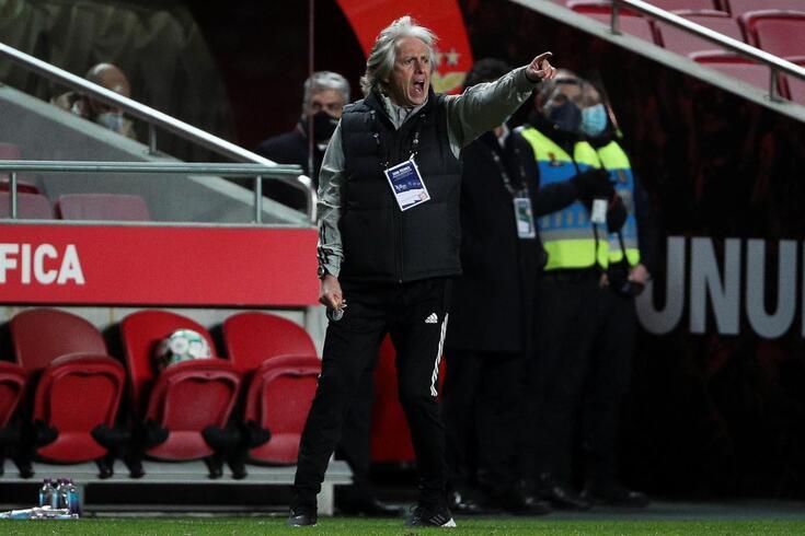 Jesus: as mudanças na equipa, as palavras de Otamendi e o clássico com o FC Porto