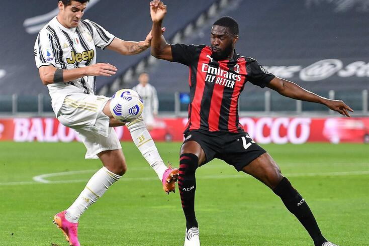 Alvaro Morata no duelo contra o Milan