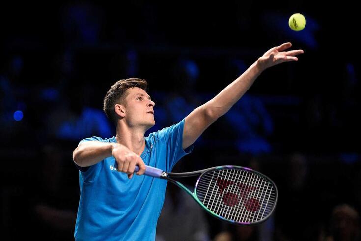 Polaco Hubert Hurkacz conquista torneio de ténis de Metz