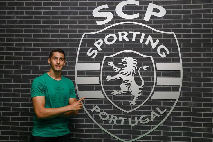 Yassine Belkaid fez 25 jogos no V. Setúbal em 2020/21
