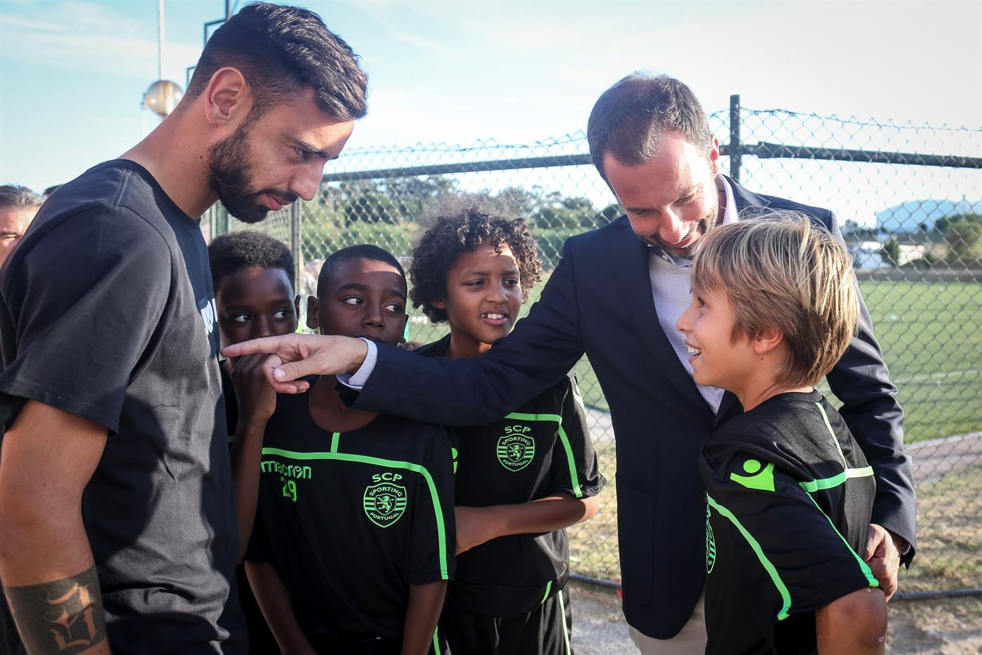 Lisboa, 18/09/2018 - Visita de Frederico Varandas e dos jogadores Bruno Fernandes e Miguel Luís ao Polo