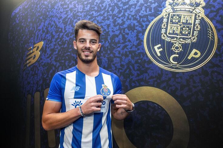 Zé Pedro reforça defesa da equipa B portista
