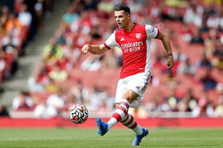 Granit Xhaka com a camisola do Arsenal