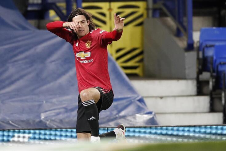 Cavani renovou até junho de 2022 pelo Manchester United