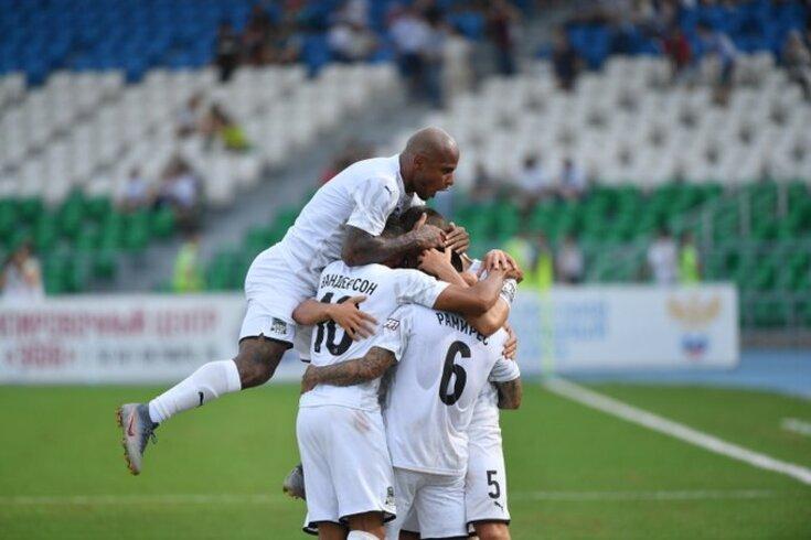 Krasnodar tenta a estreia na fase de grupos da Champions