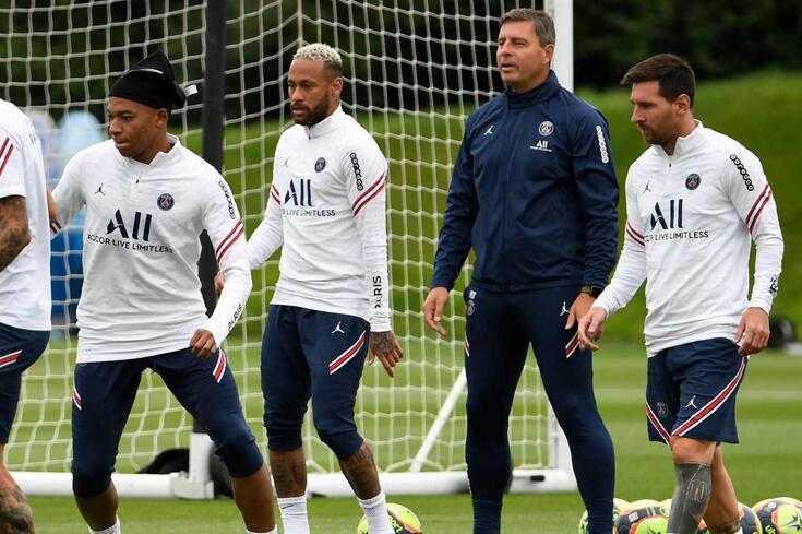 Mbappé, Neymar e Messi: tridente de sonho à disposição do PSG