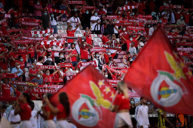 Benfica recebe o Barcelona na quarta-feira