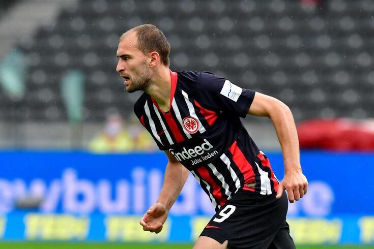 Bas Dost, avançado do Eintracht que interessa ao Tottenham