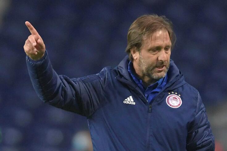 Pedro Martins, treinador português do Olympiacos