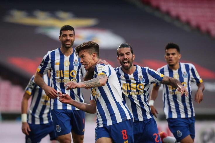 Uribe marco o golo do FC Porto frente ao Benfica, no Estádio da Luz
