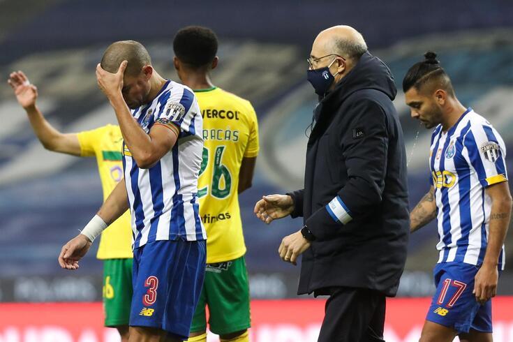 Pepe regressou e voltou a lesionar-se frente ao Paços de Ferreira