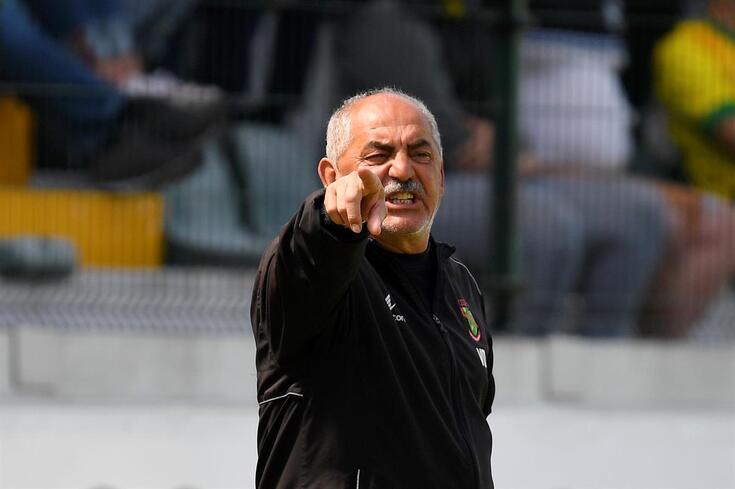 """Vítor Oliveira, """"rei"""" das subidas à I Liga, tem alguns segredos e um preço"""