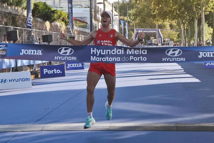 Luís Saraiva e Solange Jesus vencem Meia Maratona do Porto