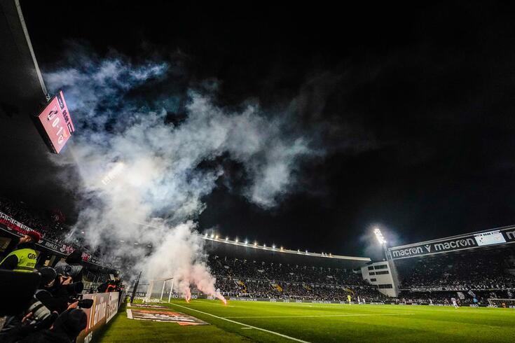 Encontro entre V. Guimarães e Benfica de 2019/20 esteve interrompido várias vezes