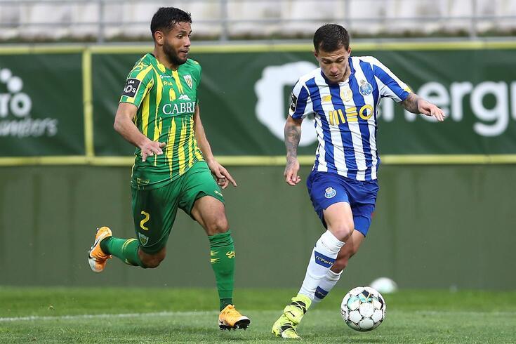 Tondela, 10/04/2021 - O Clube Desportivo de Tondela recebeu esta tarde o Futebol Clube do Porto no Estádio