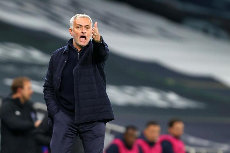 Mourinho admite ficar sem Gedson, mas quer manter Vinícius