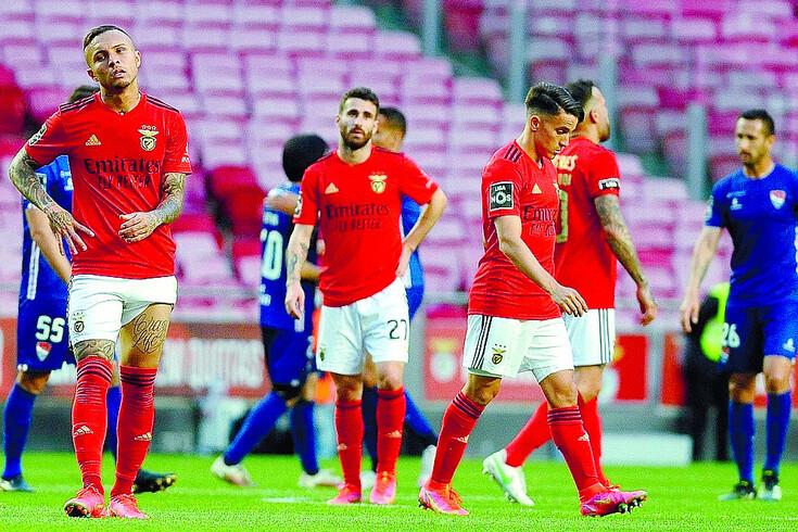 Vieira mostrou revolta com atitude da equipa do Benfica frente ao Gil Vicente