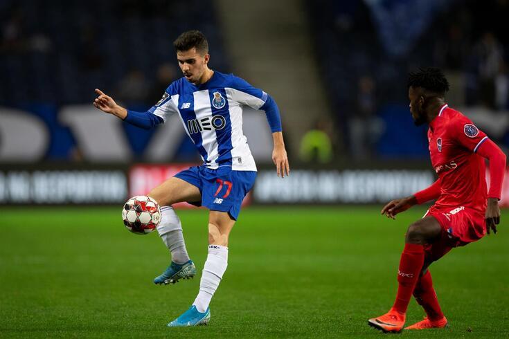 """Mário Silva e o novo talento do FC Porto: """"É mentalmente robusto"""""""