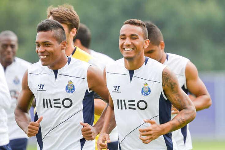 Alex Sandro e Danilo vão voltar a jogar no Dragão