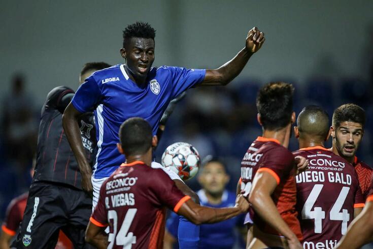 Feirense vence Chaves com golo na primeira parte