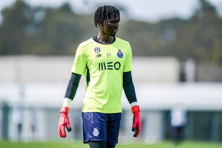 Mbaye fez treino integrado condicionado