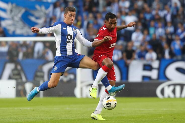 Morelos já defrontou o FC Porto na Liga Europa