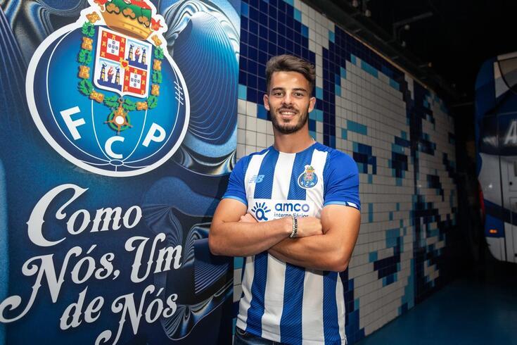 Zé Pedro com a camisola do FC Porto