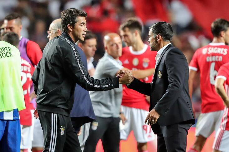 Bruno Lage e Sérgio Conceição cumprimentaram-se após o apito final