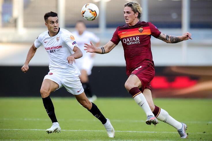 Nicolo Zaniolo (à direita) tem 69 jogos pela Roma: 36 em 2018/19 e 33 na época passada