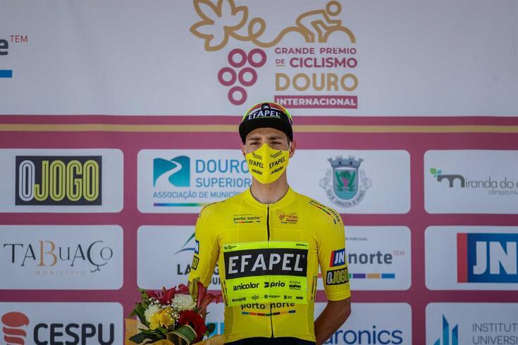 Maurício Moreira, primeiro camisola amarela do GP Douro Internacional