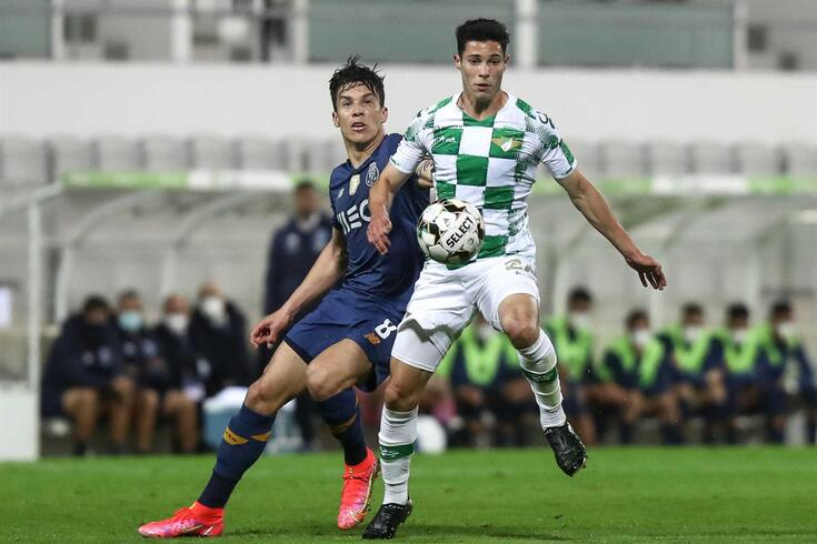 Filipe Soares, aqui em ação frente ao... FC Porto