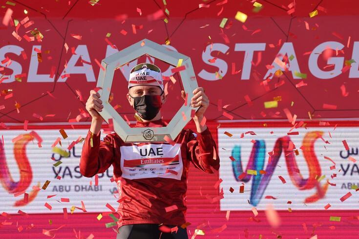 Tadej Pogacar venceu a Volta aos Emirados Árabes Unidos