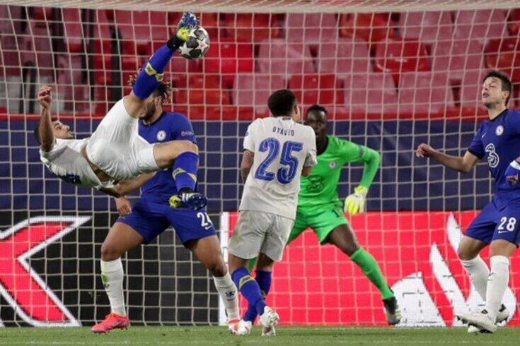 O golaço de Taremi contra o Chelsea