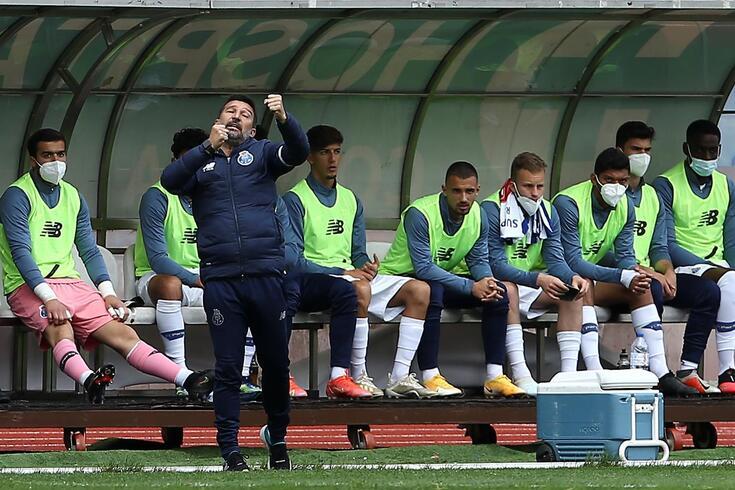 António Folha, treinador do FC Porto B