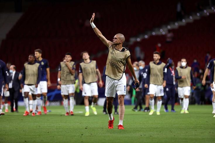 Pepe foi substituído por lesão no Wanda Metropolitano