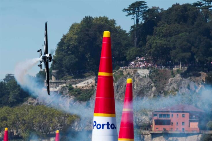 Red Bull Air Race já passou pelo Porto em várias ocasiões