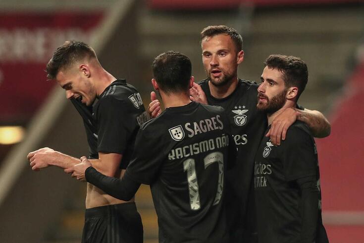 Rafa festeja o golo com Seferovic