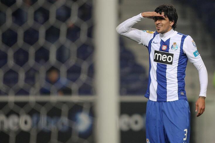 Lucho brilhou nas duas passagens pelo FC Porto