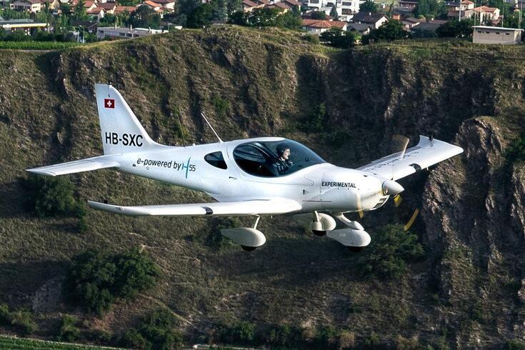 Novo avião elétrico já voa pelos céus da Europa