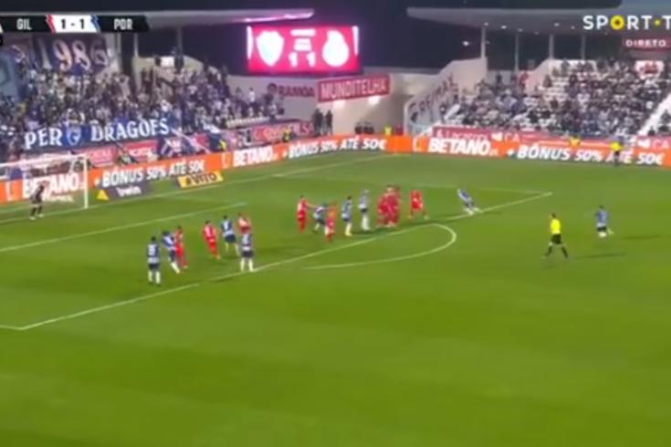 Sérgio Oliveira deu a vitória ao FC Porto em Barcelos com este golaço