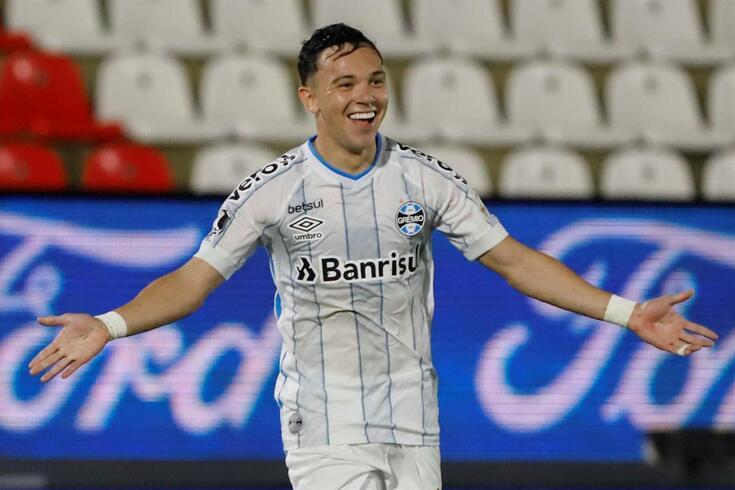 Pepê, extremo brasileiro que interessa ao FC Porto