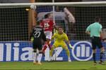 Tribunal O JOGO: há penálti no lance entre Gilberto e Patric no Santa Clara-Benfica?