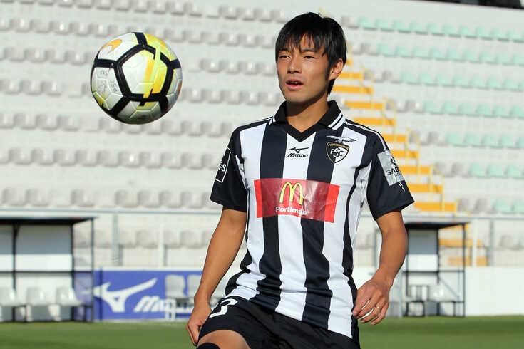 """""""Gostaria muito de jogar no FC Porto"""", assume Nakajima"""