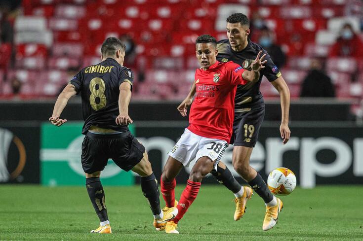 Pedrinho, extremo brasileiro do Benfica
