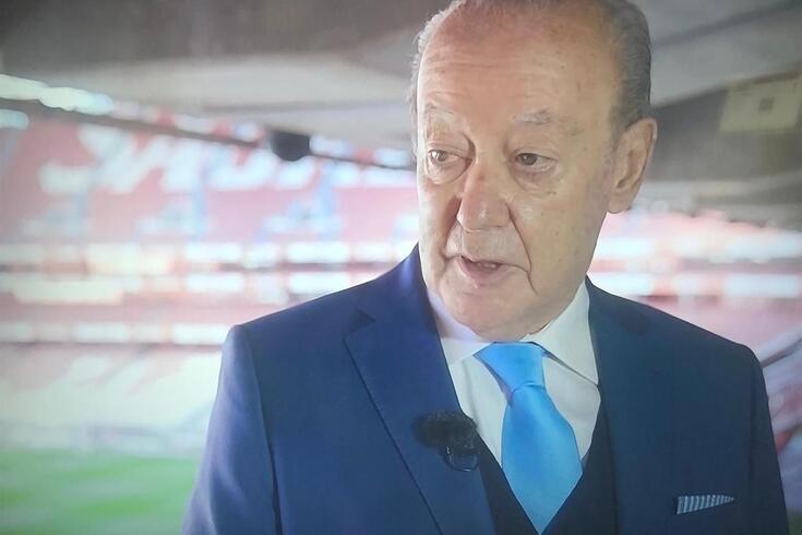 Pinto da Costa no Estádio da Luz na gravação da série Ironias do Destino